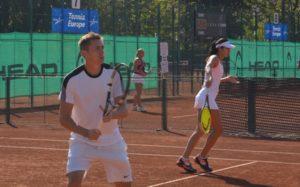 Andreea Mitu și Victor Crivoi, victorie în primul tur al probei de dublu mixt la Campionatele Naționale Individuale de Seniori